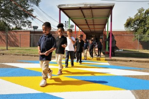 Aberdeen Elementary students use the crosswalk for the first time!